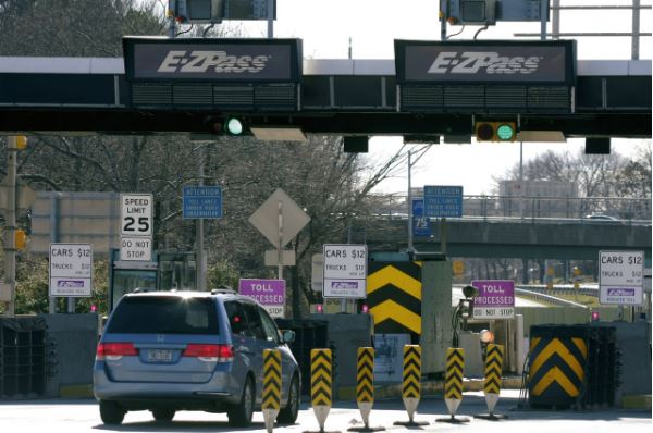 Express E-ZPass lanes coming to busy N.J. Turnpike toll plaza
